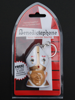 Picture of the Benedictaphone key ring and voice recorder